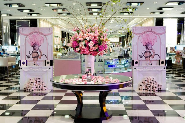 LOreal_FB_Paul_Robertson_Floral_Design_9407026274_m