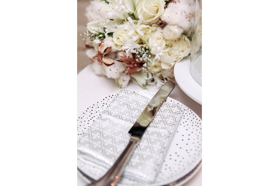 Inn-at-the-Presidio,-NYE-wedding,-bouquet-detail_9519552743_m