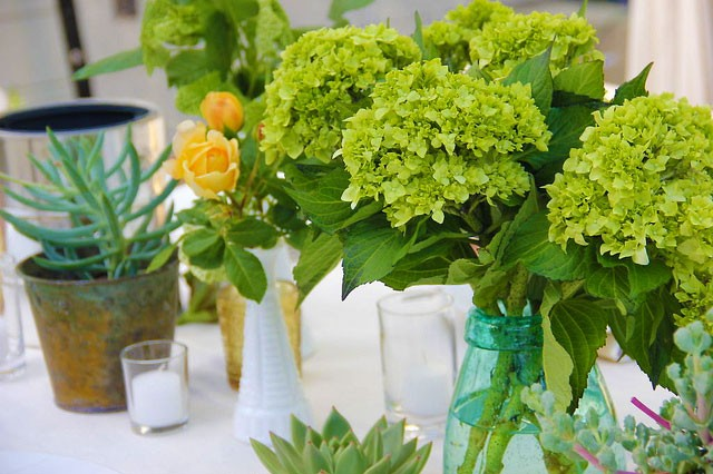 Tennessee-Valley-Backyard-Wedding,-table-detail_9945163804_m
