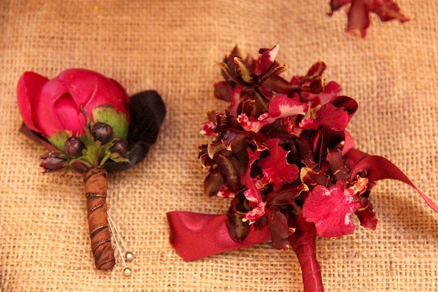 Warm-autumn-corsage-and-boutonniere_8708206228_m